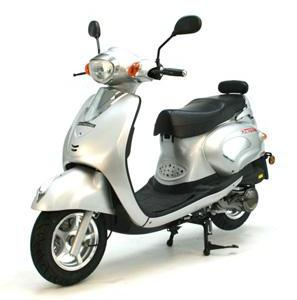 uk scooters reviews 50cc 125cc moped scooters reviews find directbikes scooters reviews by. Black Bedroom Furniture Sets. Home Design Ideas
